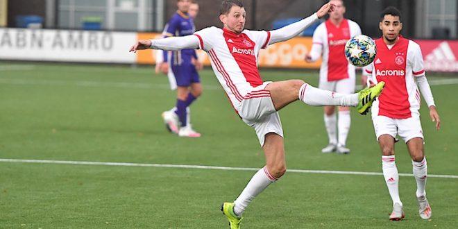 Romano de Jong verlengt contract